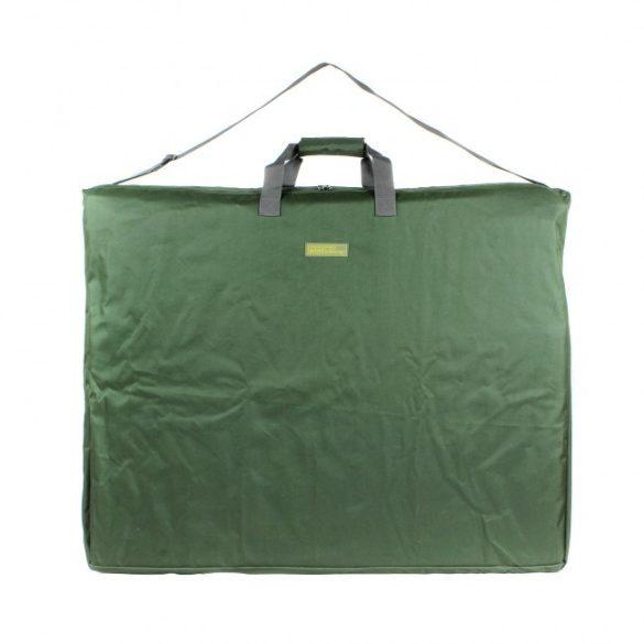 Carp Academy széktartó táska